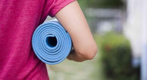 come-lavare-tappetini-yoga